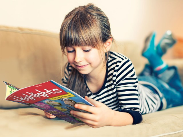 girl-reading-magazine